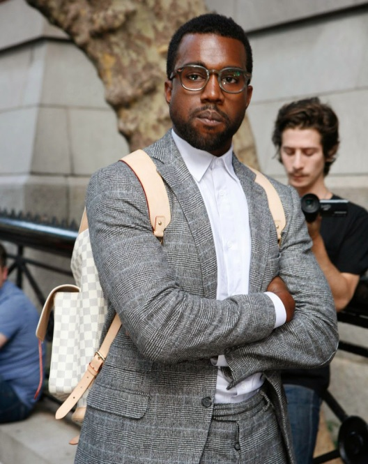 The-Many-Bags-of-Accessory-Loving-Male-Celebrities-2