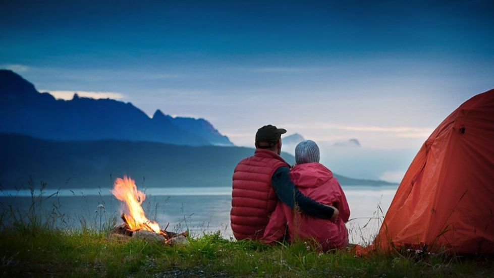 camping-ideas-couple